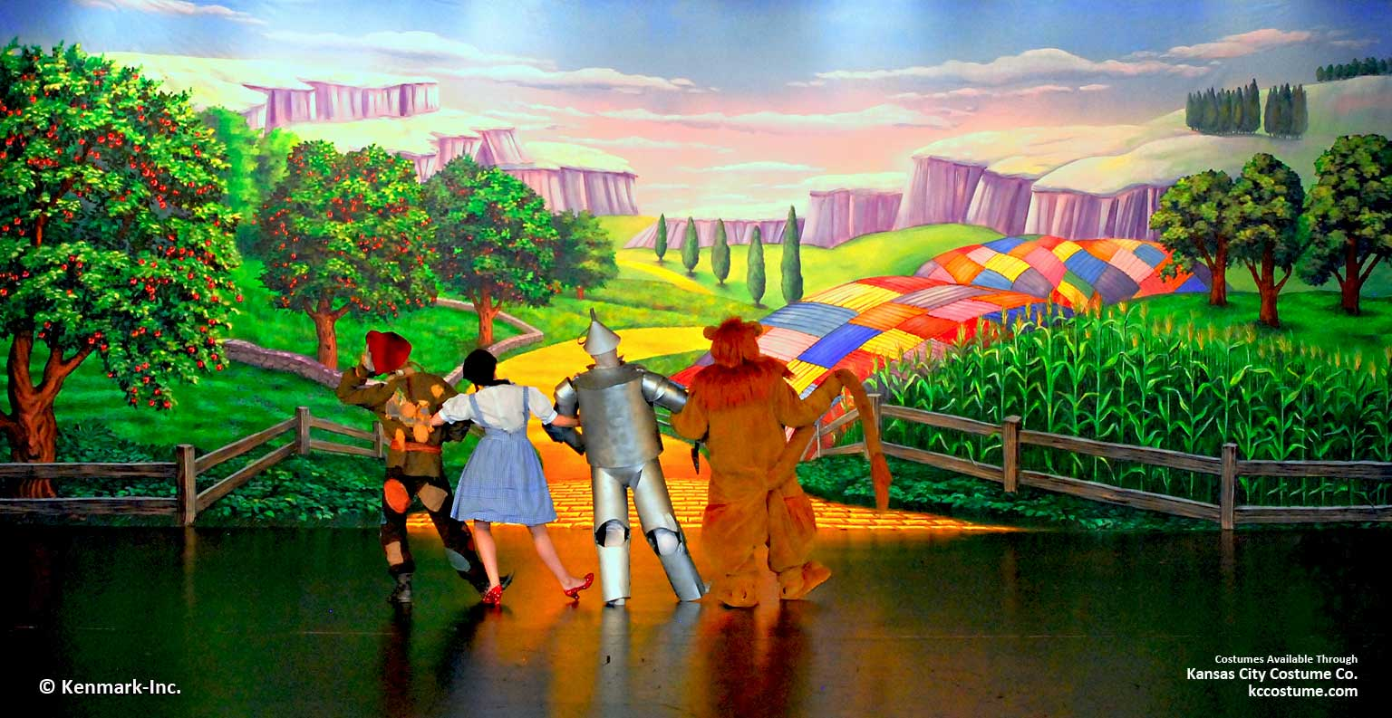 ED672 Road to Oz with cast